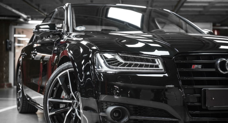 Frontal Audi S8 Plus